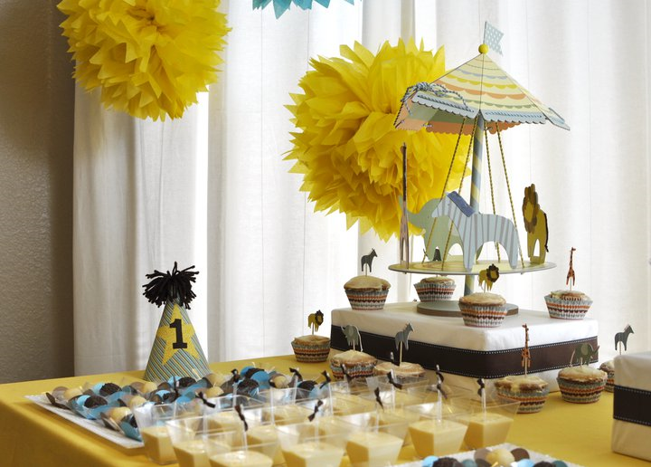 giraffe baby shower ideas party frosting baby safari baby shower ideas inspiration