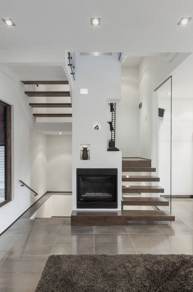 Gallery of Totem House / rzlbd - 2 | Stairs and ramps | Pinterest ...