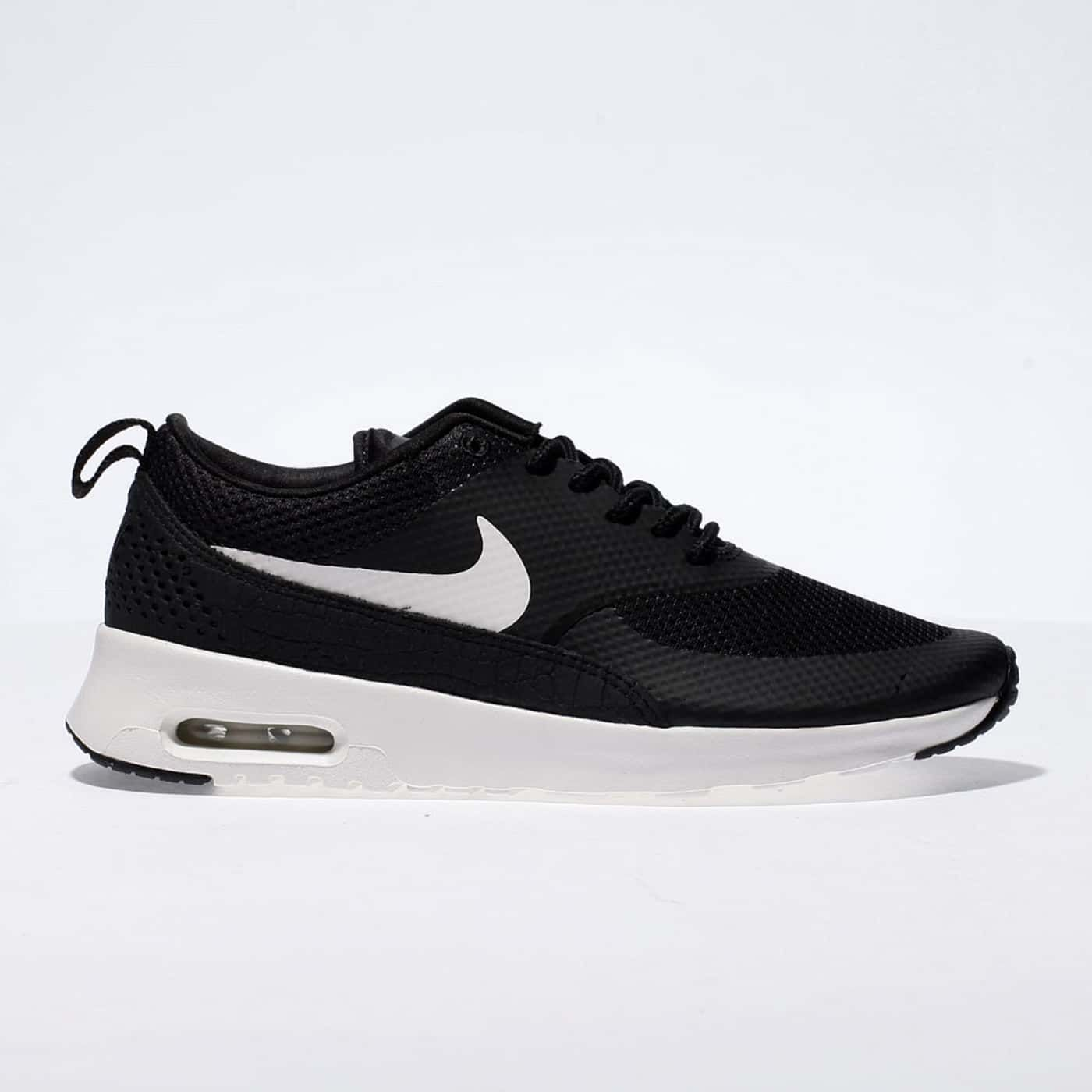 Brand New Black Leather Air Max Thea Black Leather And White