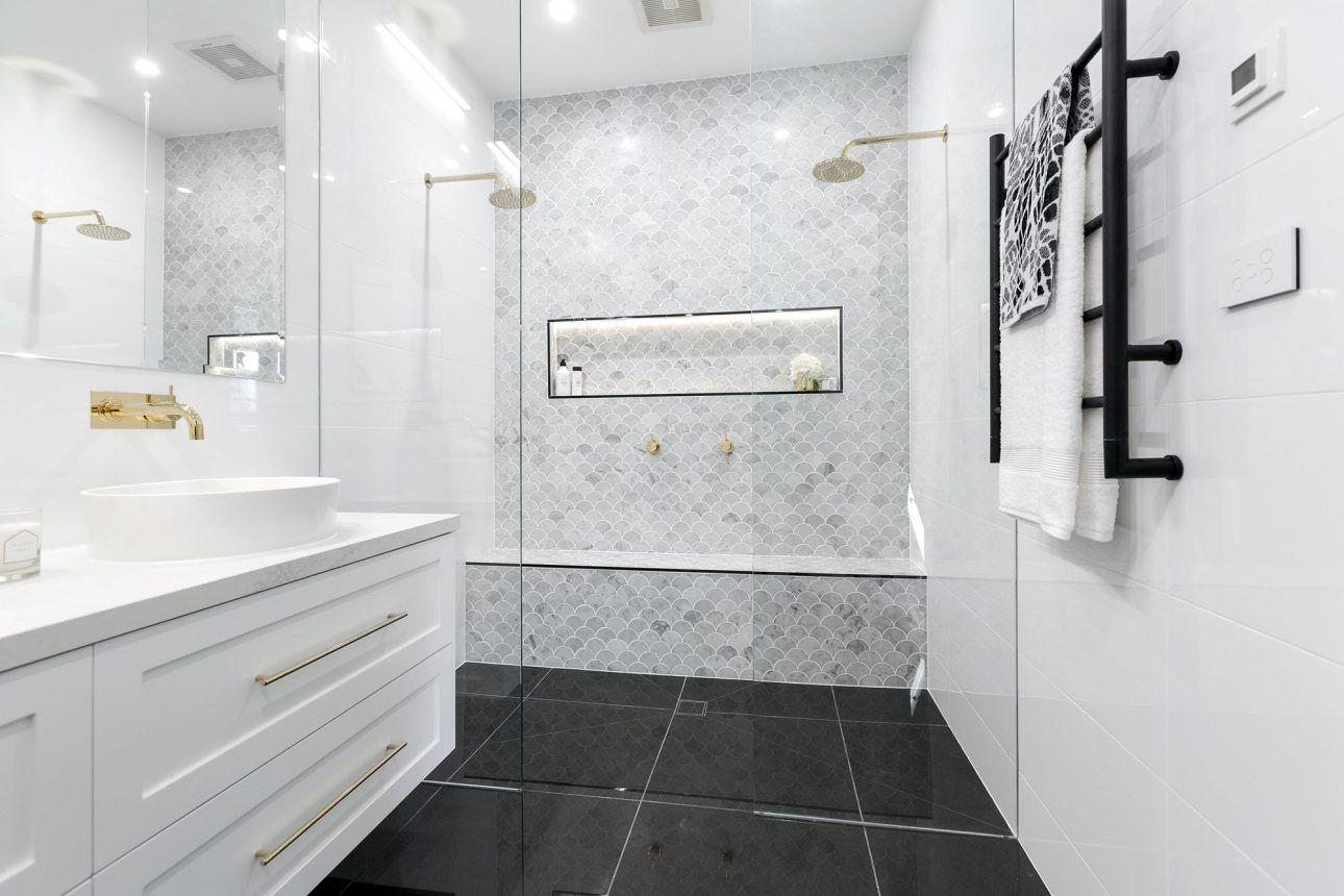Pin by Hannah Williams on home. | Pinterest | House, Bathroom ...
