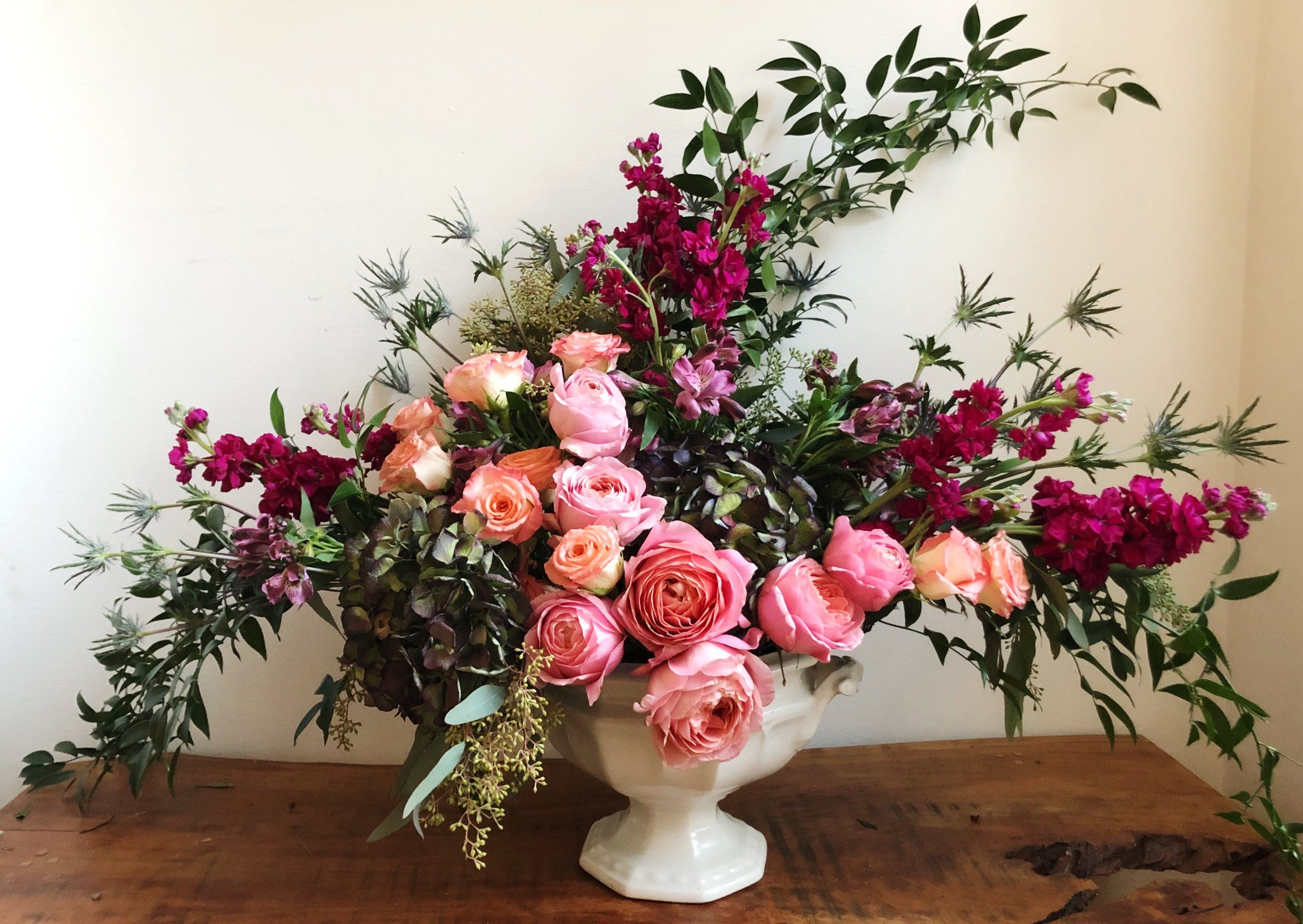 Eucalyptus Garden Roses And Stock For A Lovely English Garden Look Corporate Flowers Flowers Flower Delivery