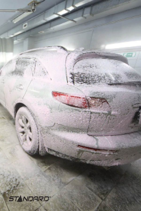 A super luminaire, water resistant: perfect for car washes >> http://bit.ly/LED_VaporTight  #StandardProducts #Lighting #Car