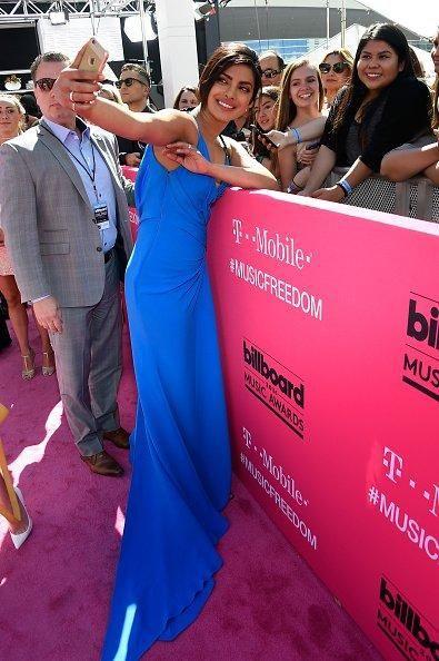 Smokin! Priyanka Chopra Slays It on the Billboard Music Awards' Red Carpet | PINKVILLA