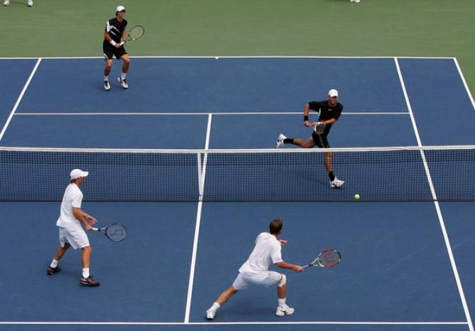 5 Common Mistakes In Doubles Tennis Doubles Tennis Sport Tennis
