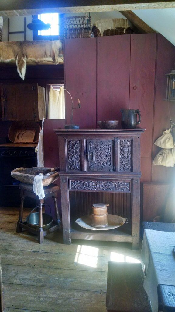 Primitive Country, Pilgrims, 16th Century, Plymouth, Tudor, Cupboards,  Cabinets, Ruins, Colonial