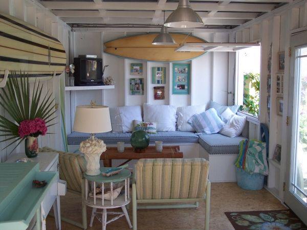 Tiny Beach Cottage Home In San Go Ca With A Beachy Surf Theme