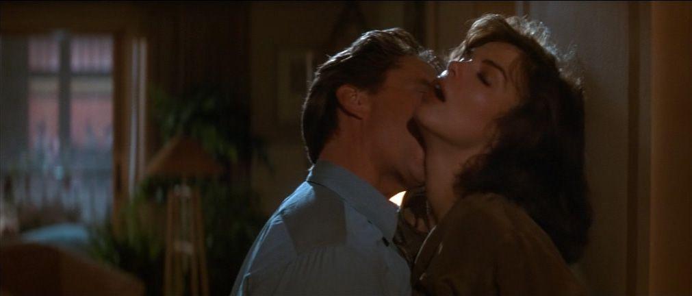 duro gay kissing