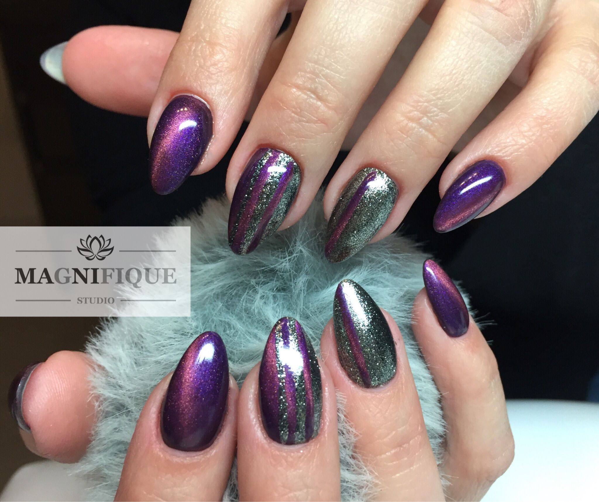 Cat eye gel nails paznokcie Nägel Silvester Naildesign. | Nails to ...