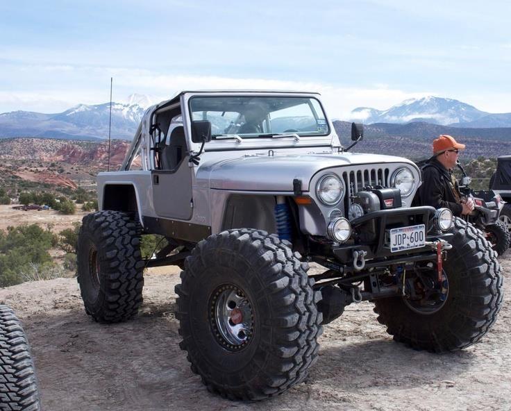 Jeep Cj No Fenders Big Tires Jeep Scrambler Badass Jeep Jeep Cj