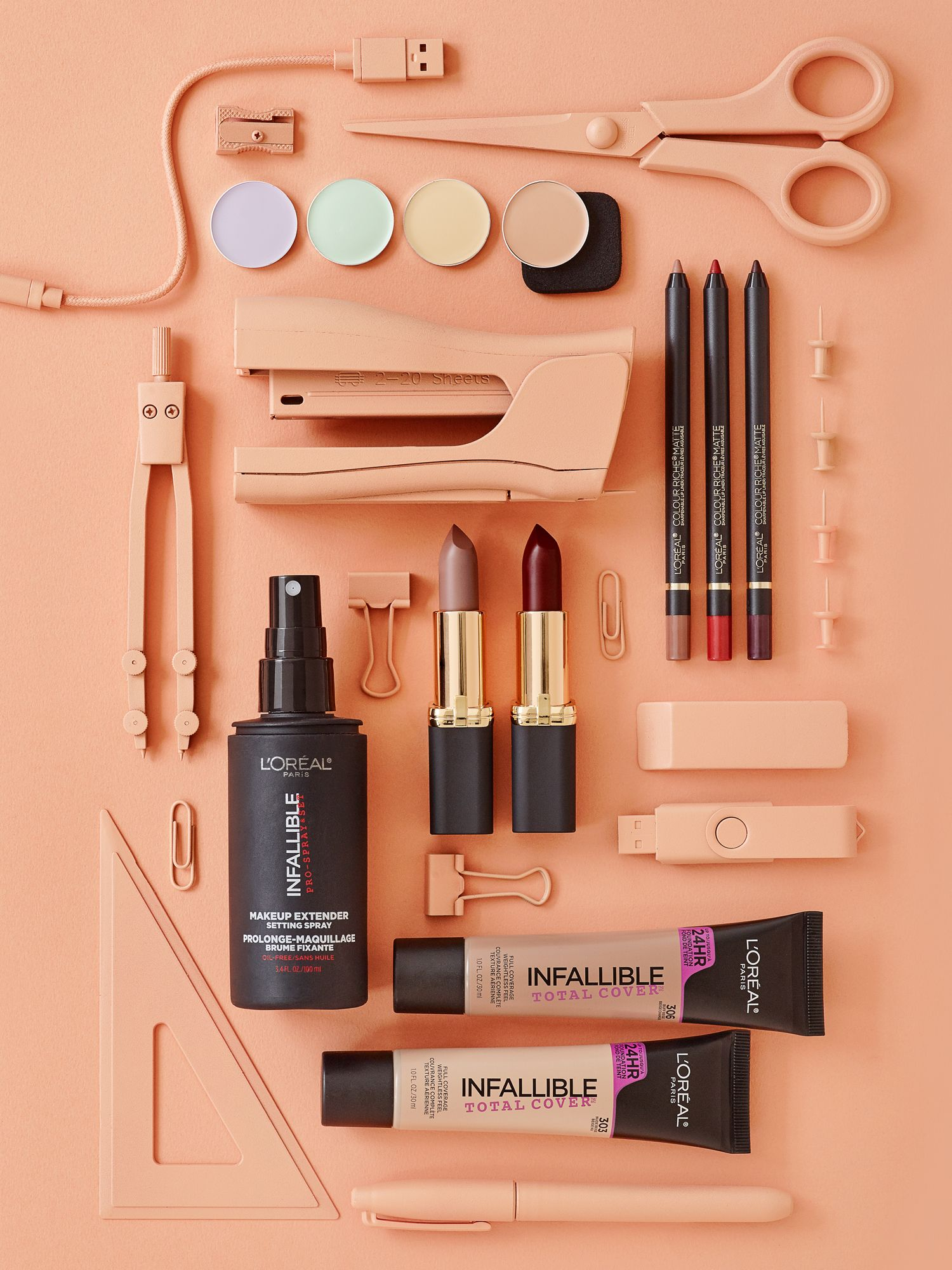 Fashion style 5 products makeup for your bag for lady