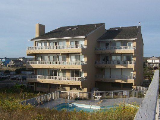 3 Bedroom Oceanfront Rental Condo in Nags Head, part of the Outer Banks of North Carolina. Includes Elevator, Community Pool