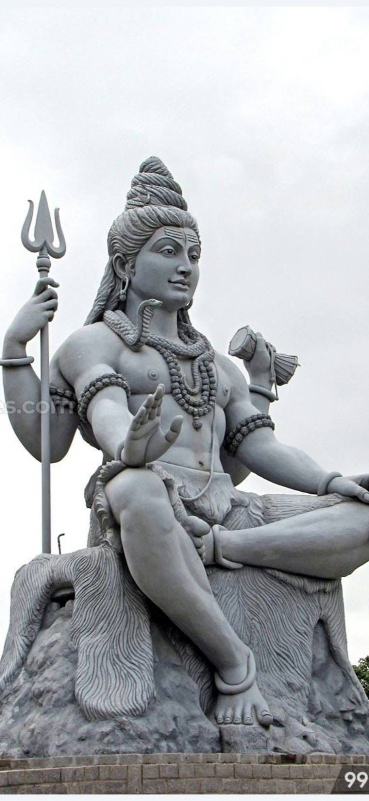 Most Unique And Ultra Hd Shiva Wallpapers Hindu God Mahadev Full Hd Wallpaper For Mobile Screen Mahakaal Wallpapers In 2020 With Images Lord Shiva Hd Wallpaper Shiva Lord Wallpapers