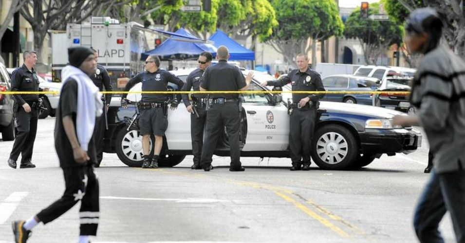 Answers Demanded Following Fatal Shooting Of Homeless Man By Lapd Homeless Man Los Angeles Police Department Lapd