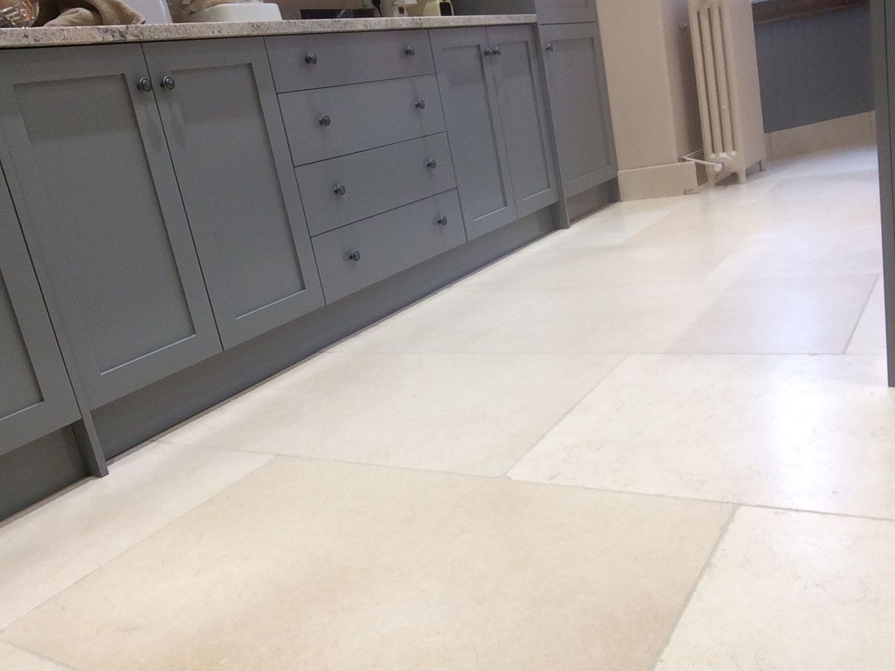 Old White Limestone Tile Post Rock And Wood White Limestone Tiles White Tile Floor Limestone Tile