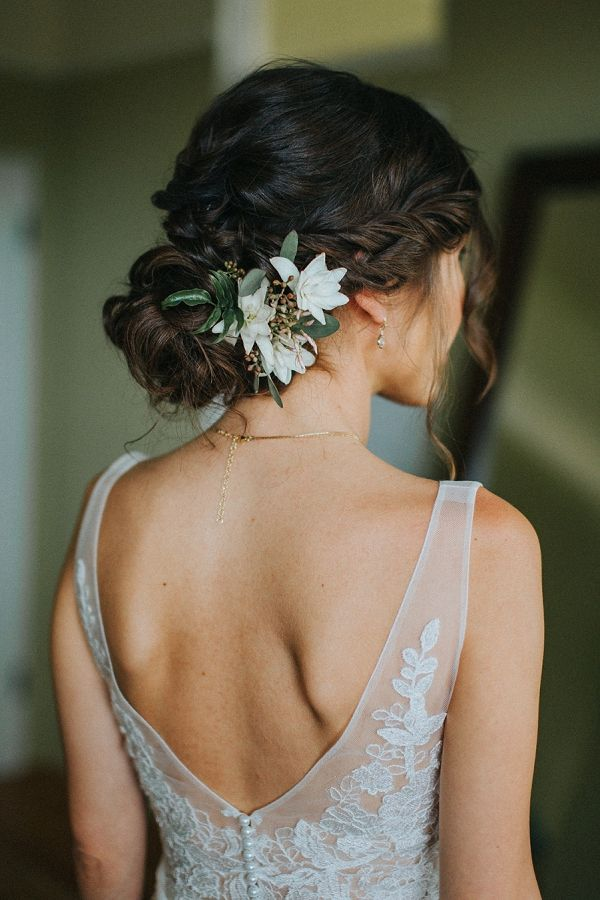 Maui Countryside Wedding : Bajan Wed -- gorgeous wedding hair by Meili Autumn Beauty