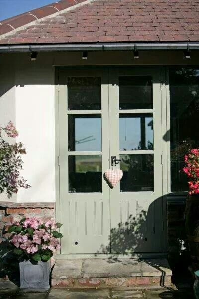 Bay Tree Crown House Paint Exterior