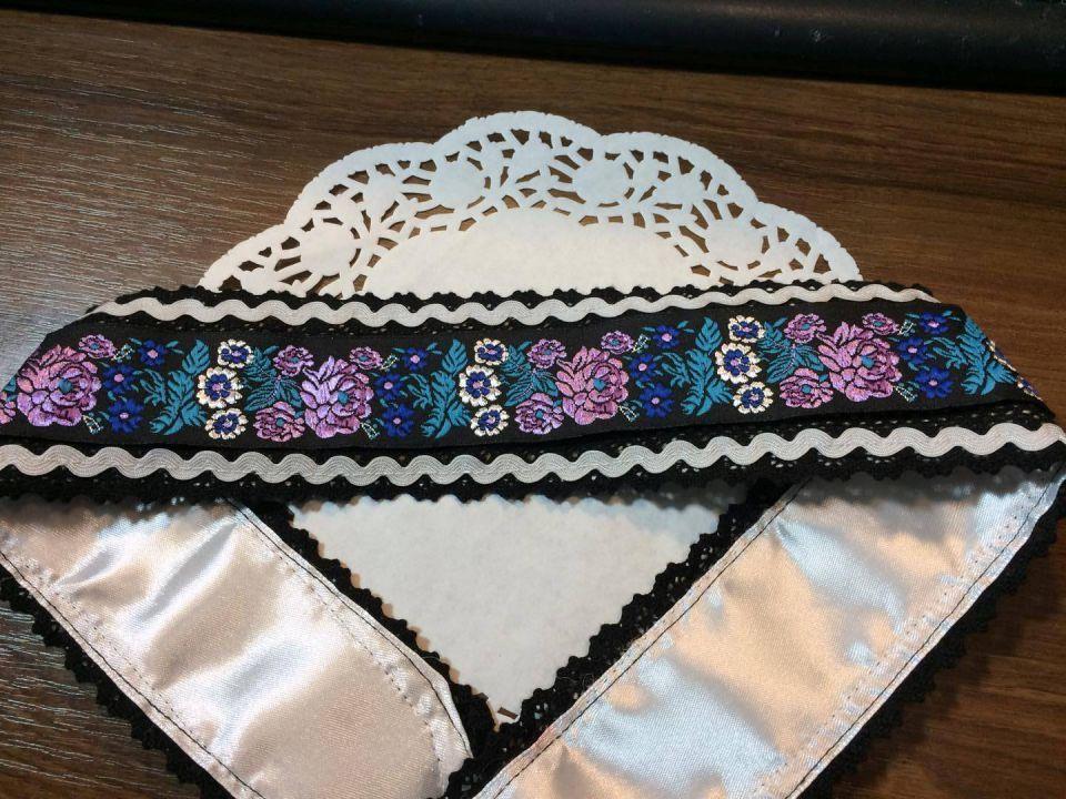 Brau stilizat, cu broderie si dantela neagra, bumbac/ brau traditional / cordon ornamental / curea etno / brau artizanat / brau popular / cingatoare