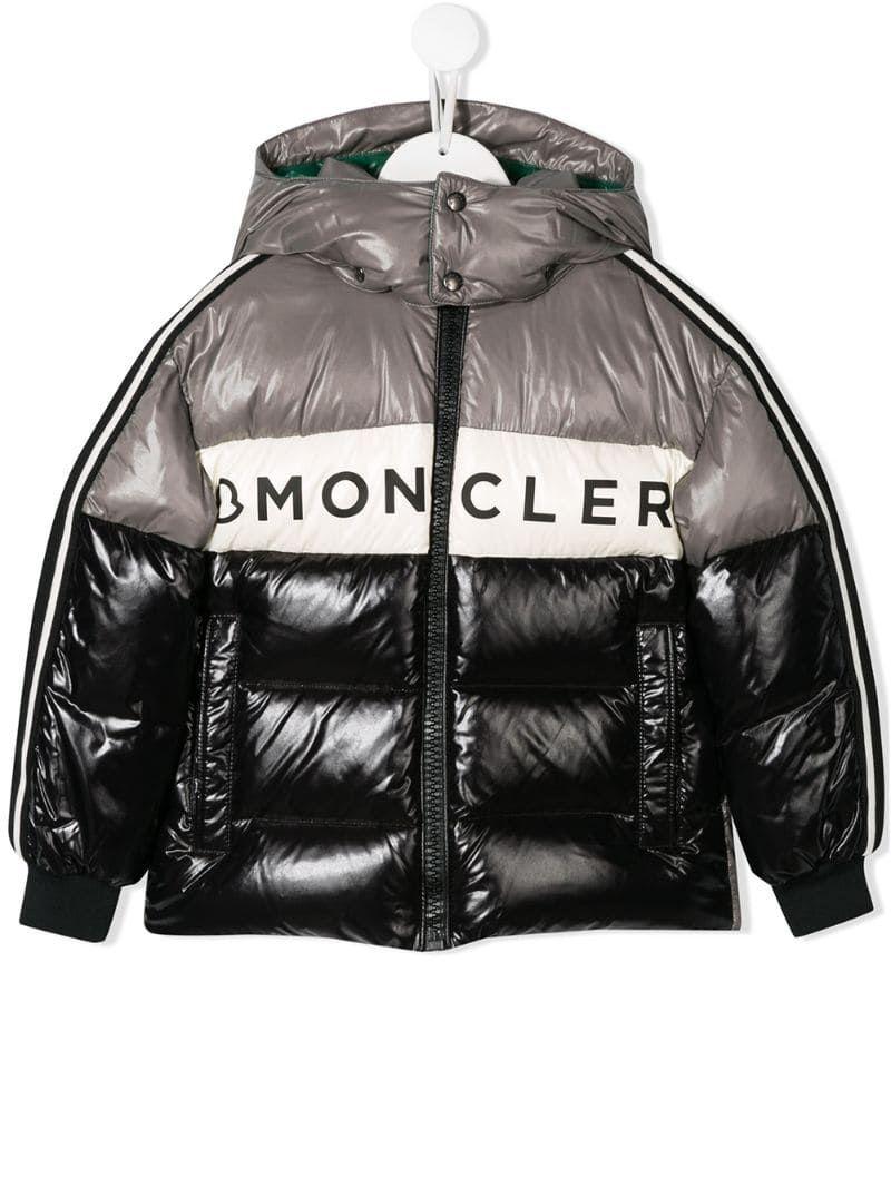 Moncler Enfant Hooded Padded Jacket Farfetch In 2021 Padded Jacket Moncler North Face Puffer Jacket [ 1067 x 800 Pixel ]