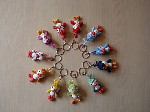 Crochet Amigurumi Keychain Free Pattern : Ravelry amigurumi penguin cell phone strap pattern by pierrot