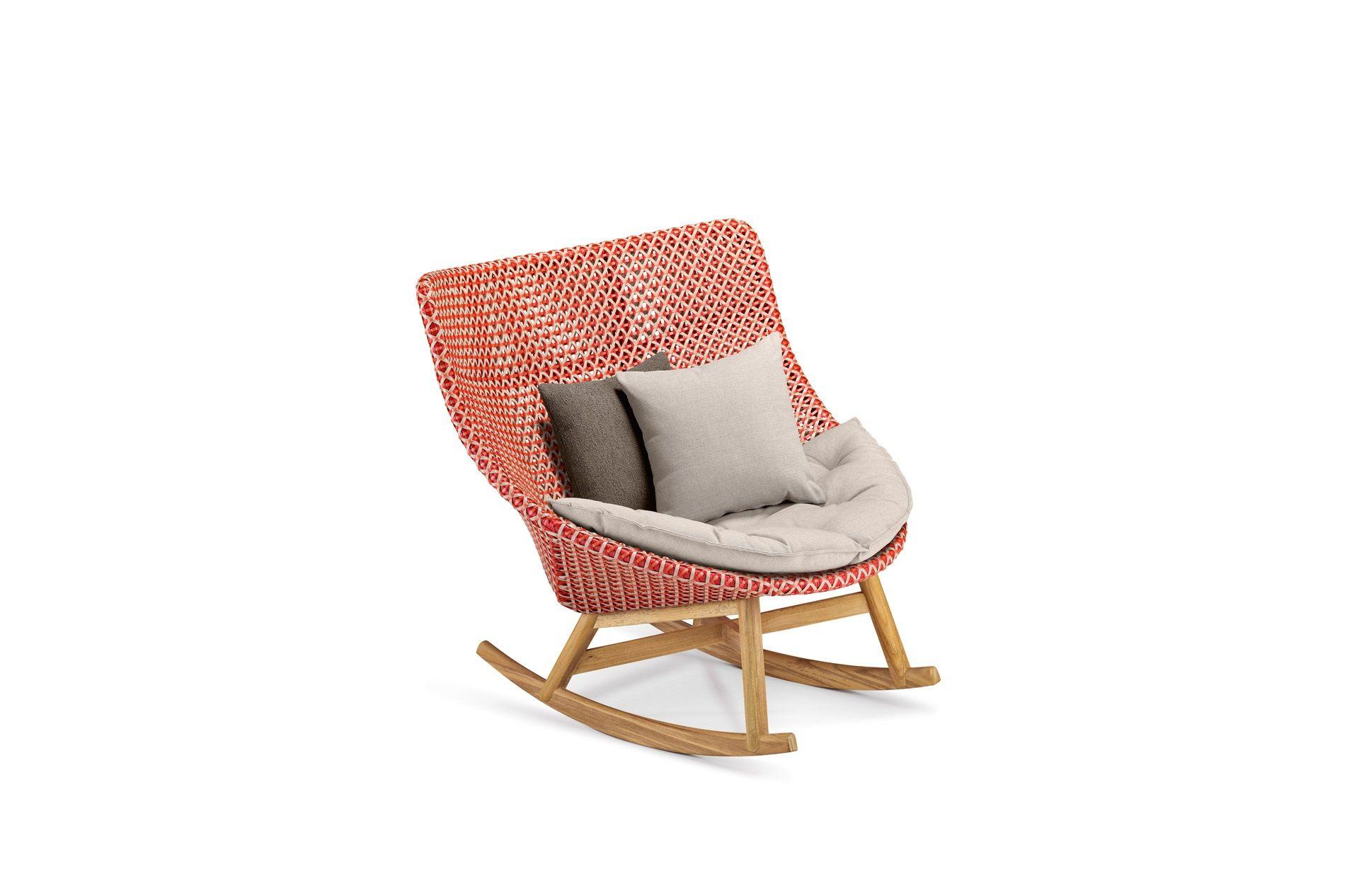 DEDON Mbrace Rocking chair decocushion pepper