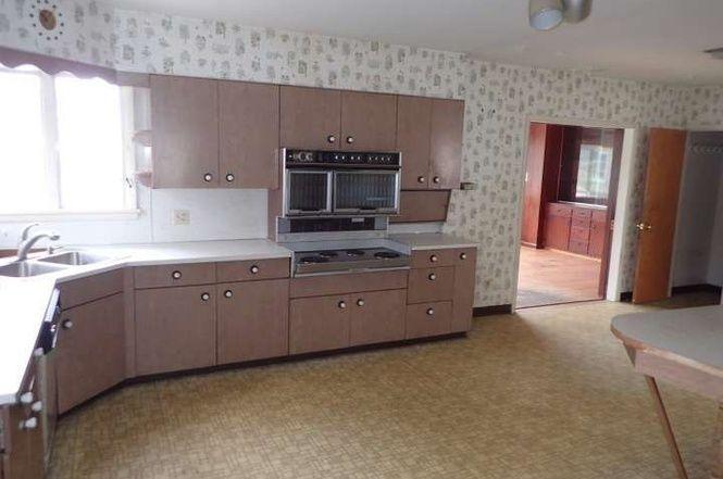 7929 Boyertown Pike Boyertown Pa 19512 4 Beds 1 5 Baths Home Fabulous Kitchens Boyertown