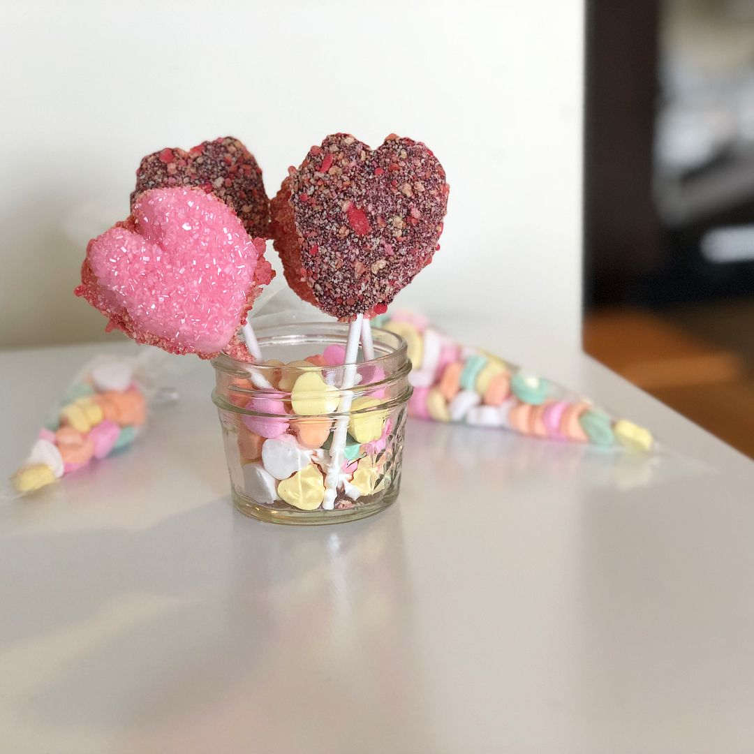 Valentine's Day Heart S'mores Pops