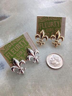 Small Fleur de Lis Earrings