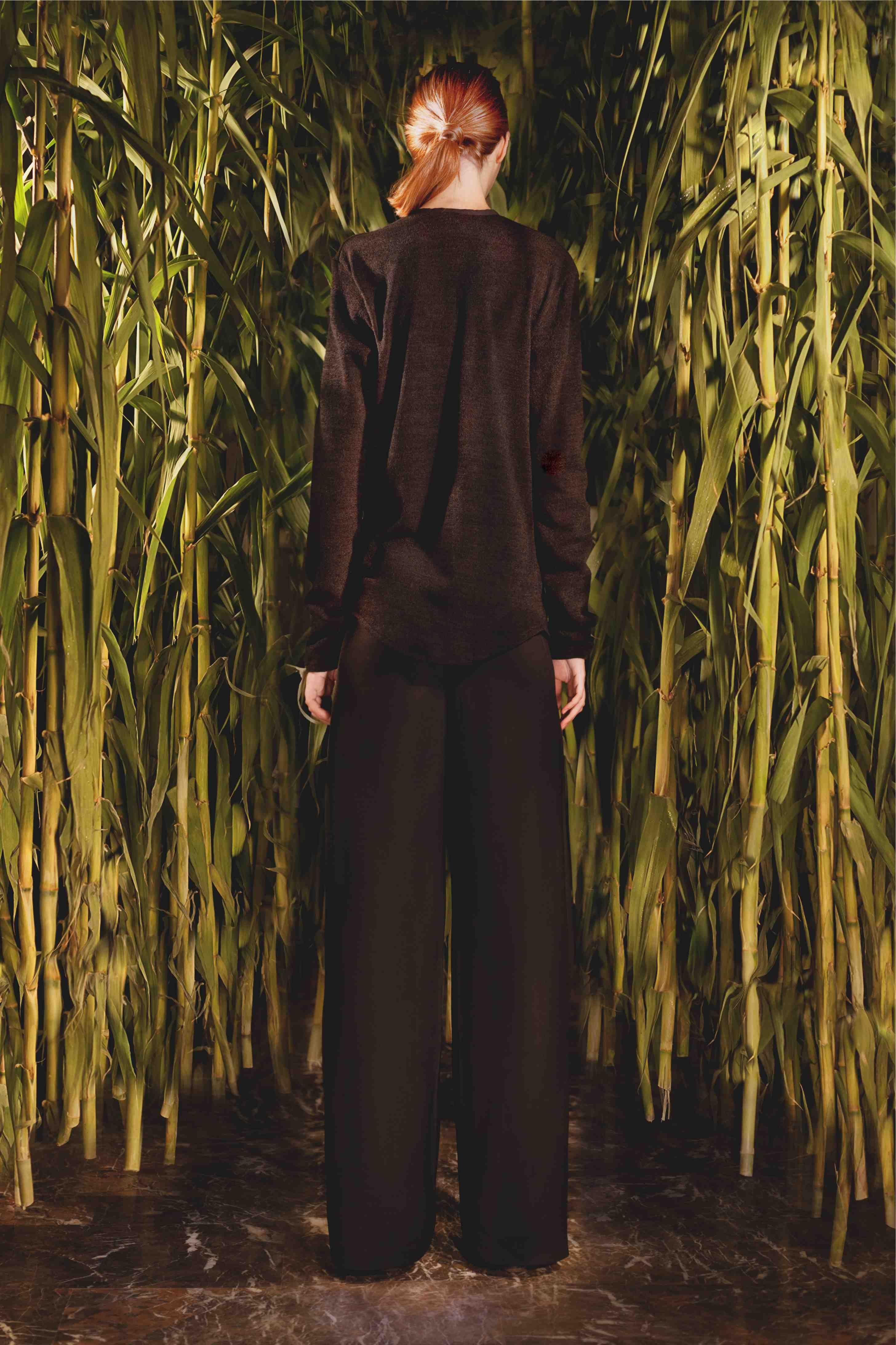 MOD. LUISA (blouse)  MOD. LAURA (pants)  Photographer: Nelum Francesca Caramini & Leonardo Damo  Art Director: Gabriele Litta  Model: Anastasia de Carli  Make up and Hair: Caterina Arnaldi