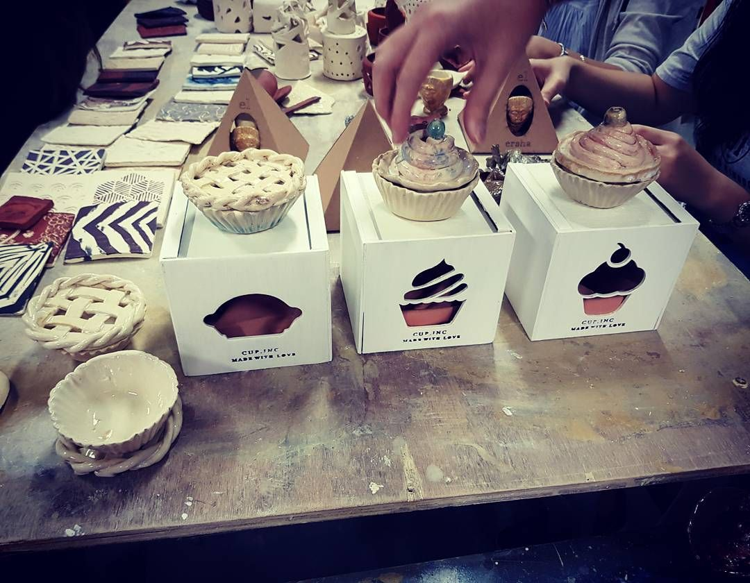 cupcakes cups By Cindy. dp 2015. Keramik Produksi Massal (Pottery 2) UPH, Okt 2017