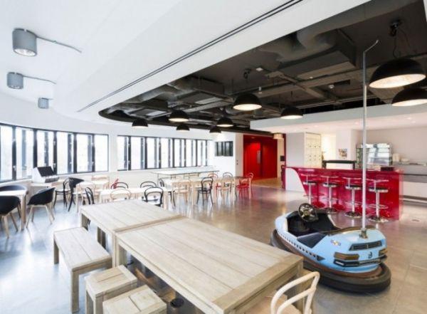 Virgin Management office design - dodgem car