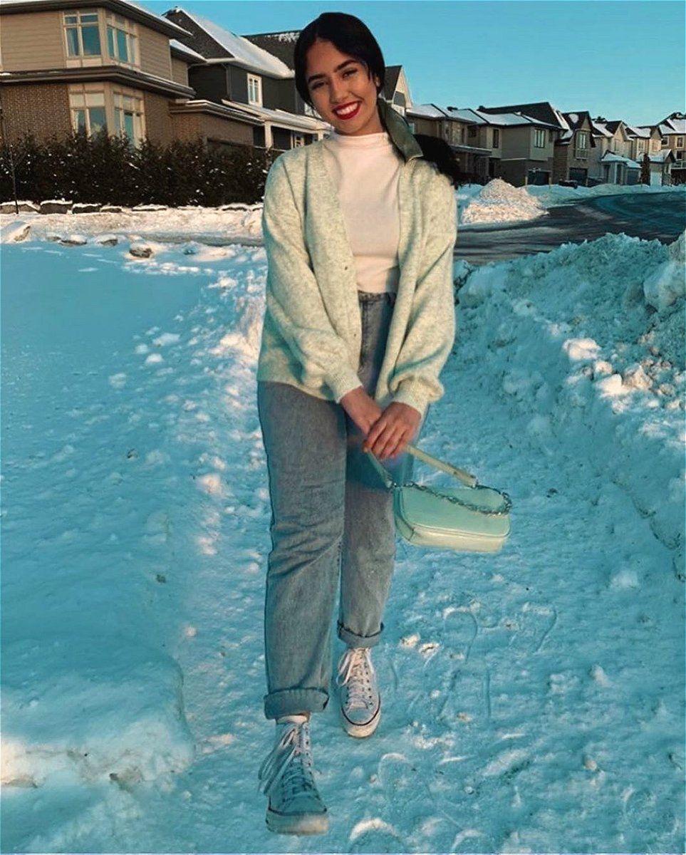 عند تساقط الجليد أعشق الأزياء التي تمنح دفئا أكثر Ins Imreemaa للتسوق انقروا على الرابط الشرق الأوسط فاشن شي ان ستايل موضة أسلوب Clothes Fashion Style