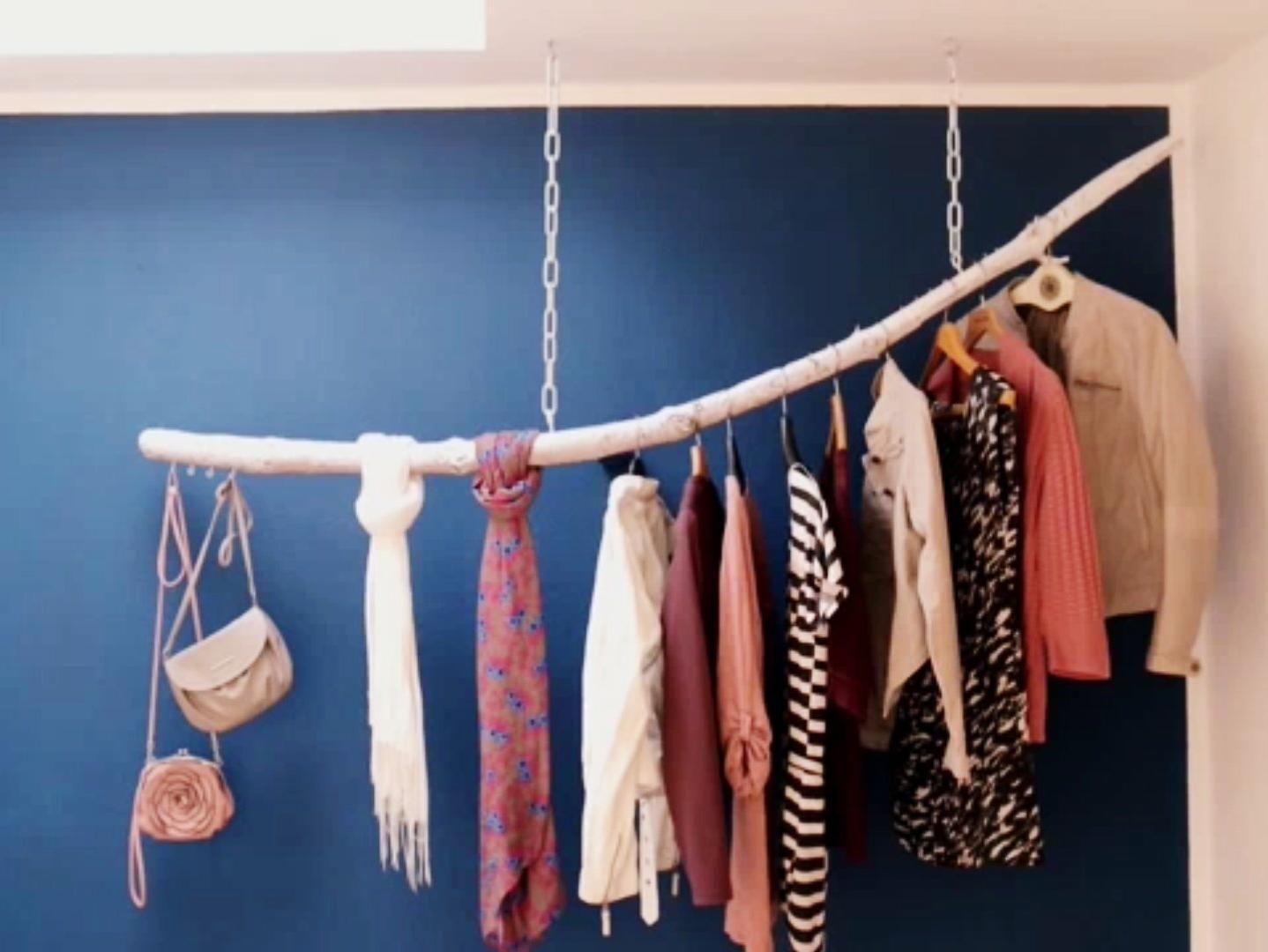Einzigartig ᐅᐅ】 Kleiderstange aus einem Ast selber bauen | Kleiderstange  DN24