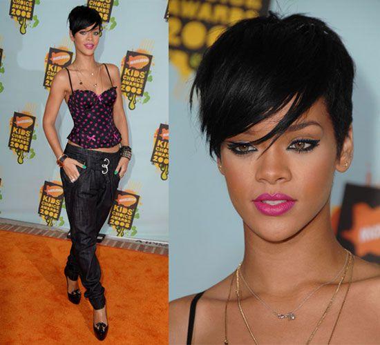Kids Choice Awards Rihanna Cute Hairstyles For Short Hair Rihanna Hairstyles Rihanna Short Hair