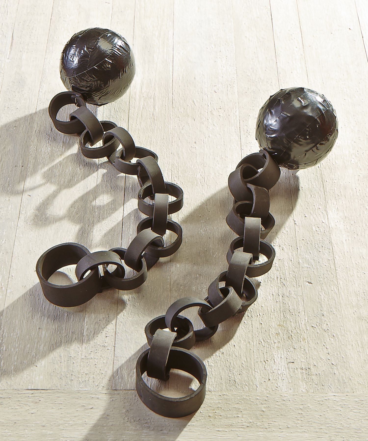 Awesome Diy Ball And Chain Foam Rings Black