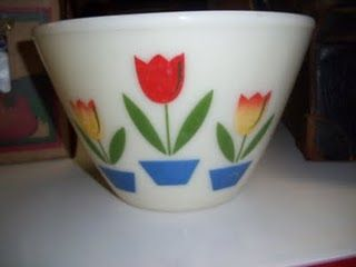 Fire King Tulips Splatter Proof Mixing Bowl