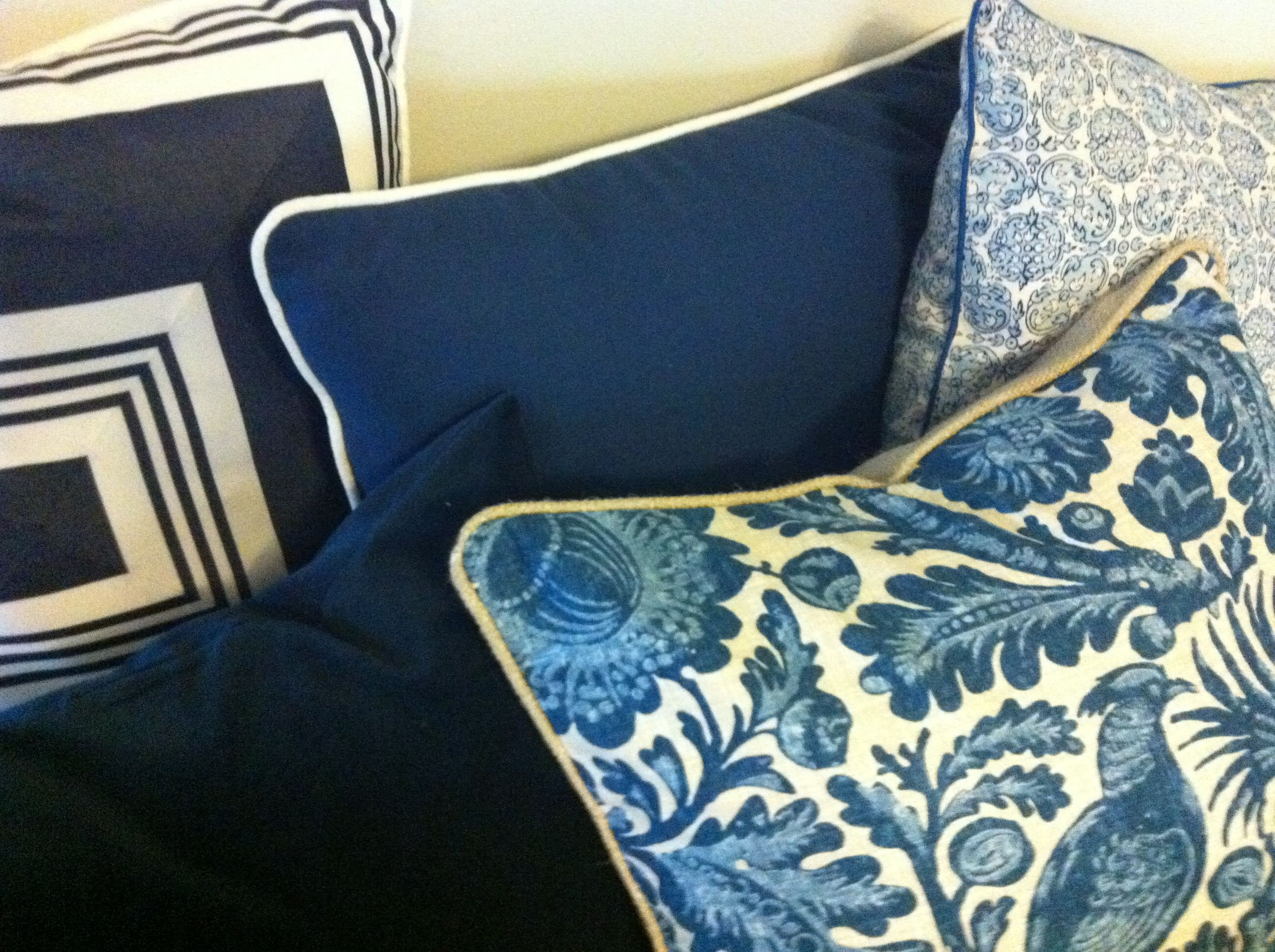 navy white natural linen cushions in Ralph Lauren and Kravet