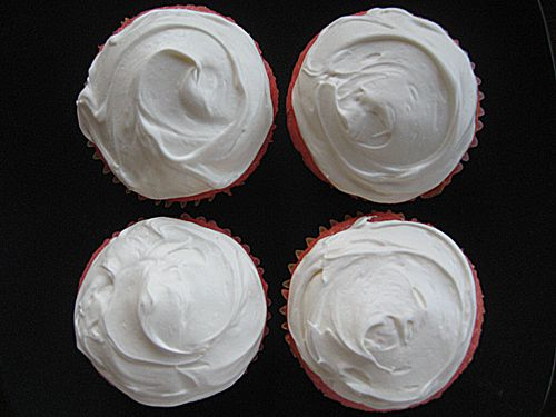 Strawberry Cupcakes with Cream Cheese Frosting (Her dialogue got me laughing. Worth reading!)