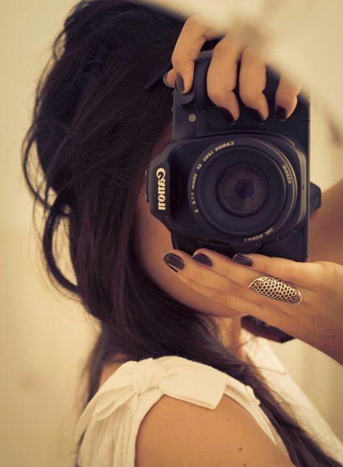 Pin By Mahire On Love My Camera Photographer Girl Girls With Cameras Photography Camera