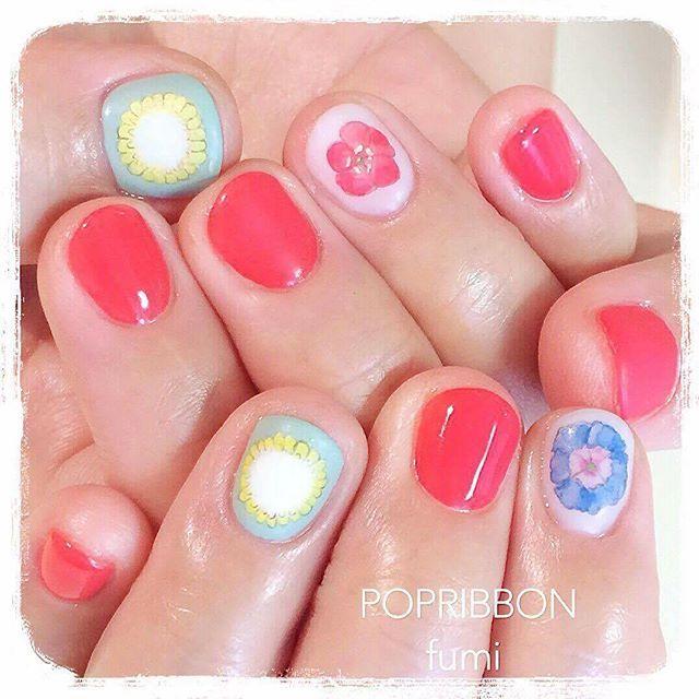 Pin By Misaki Hirose On 春日花線 Nail Polish Nails Polish