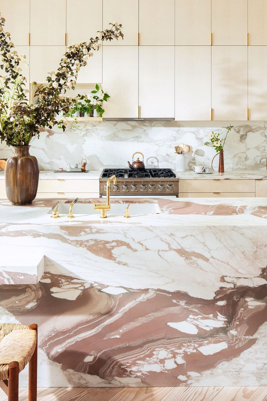 Bold Marble Is Going Mainstream (And We're Here For It)   EyeSwoon