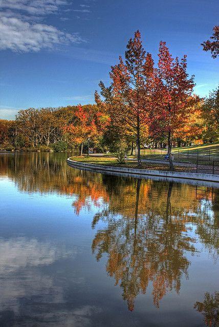 Fall Color at Kissena Park, Queens