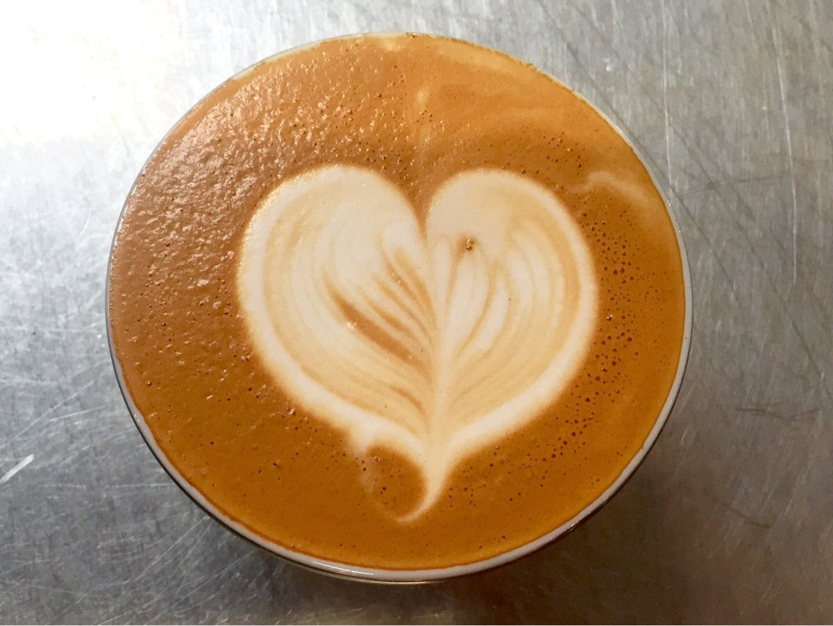 Moving on to texturing! #barista #coffee #latteart #latte #cafe #espresso #starbucks #Hospitality
