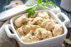 Pollo al ajillo con salsa blanca, receta suave y sabrosa #PolloAlAjillo #PolloAlAjilloConSalsaBlanca #RecetasDePollo #RecetasDePolloFaciles #RecetasDePolloAlAjillo