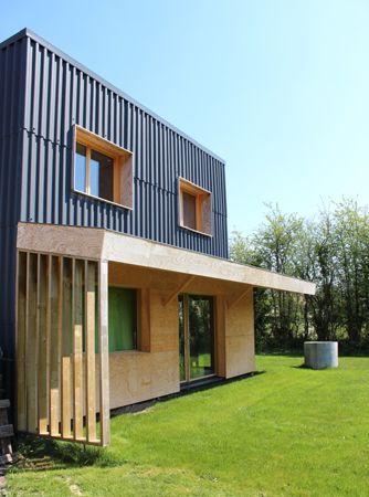 aison ossature bois \u2013 Moderne et économique \u2013 Hébécrevon 50180-Magma - fenetre pour maison passive