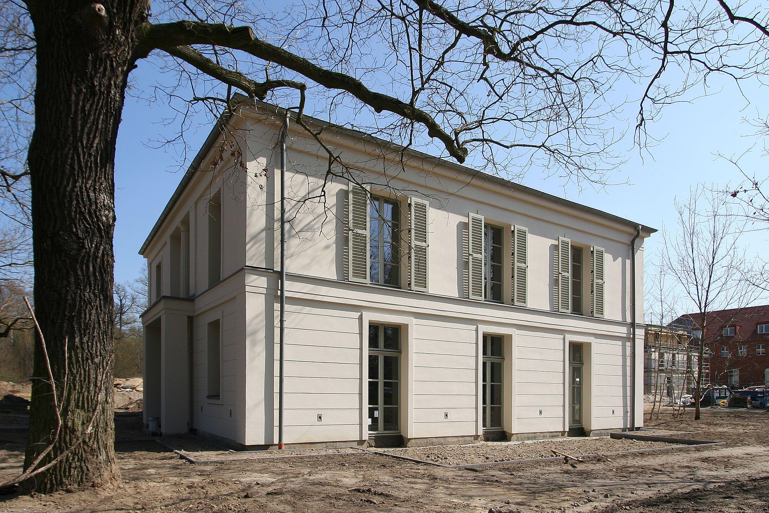 Wohnhaus in klassisch tradtionellem Baustil - Villa im ...