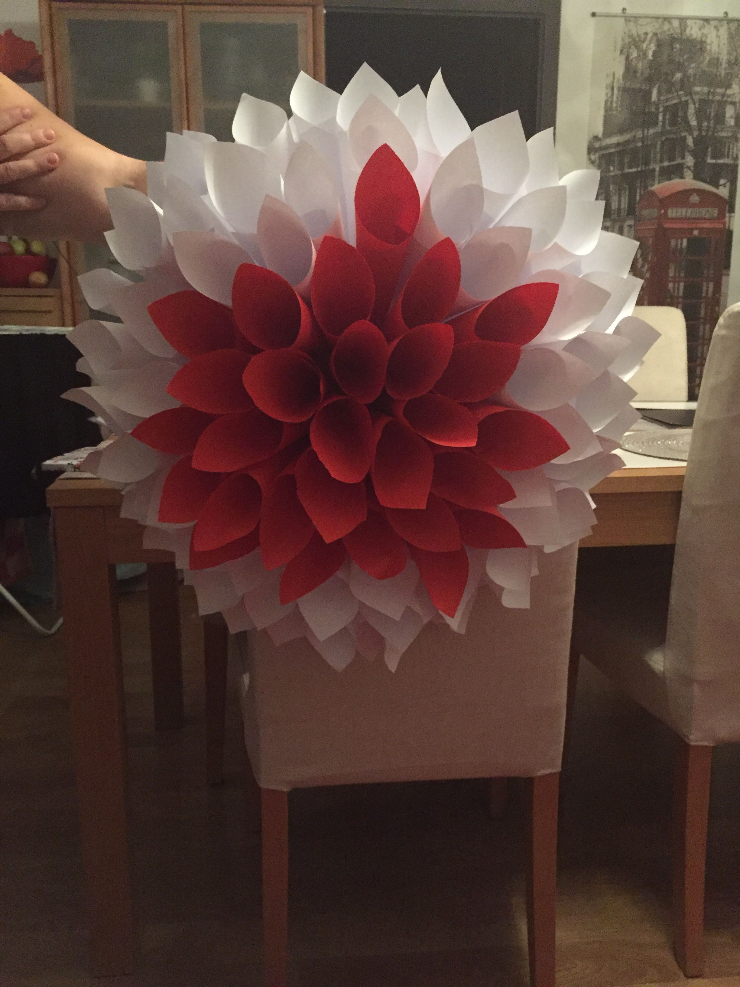 Pin By Inta Augustova On Swieto Niepodleglosci Diy And Crafts Paper Flowers Crafts For Kids