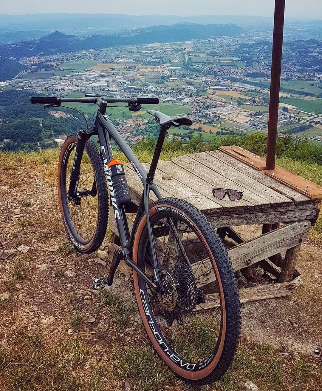 A Imagem Pode Conter Bicicleta Montanha Atividades Ao Ar Livre