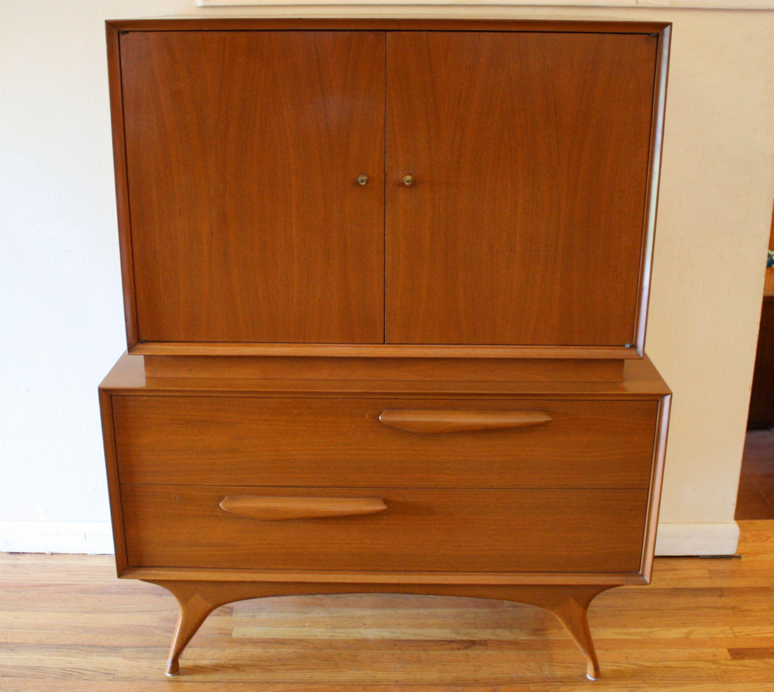 Bedroom furniture drawer pulls full size of dresser for Bedroom bureau knobs