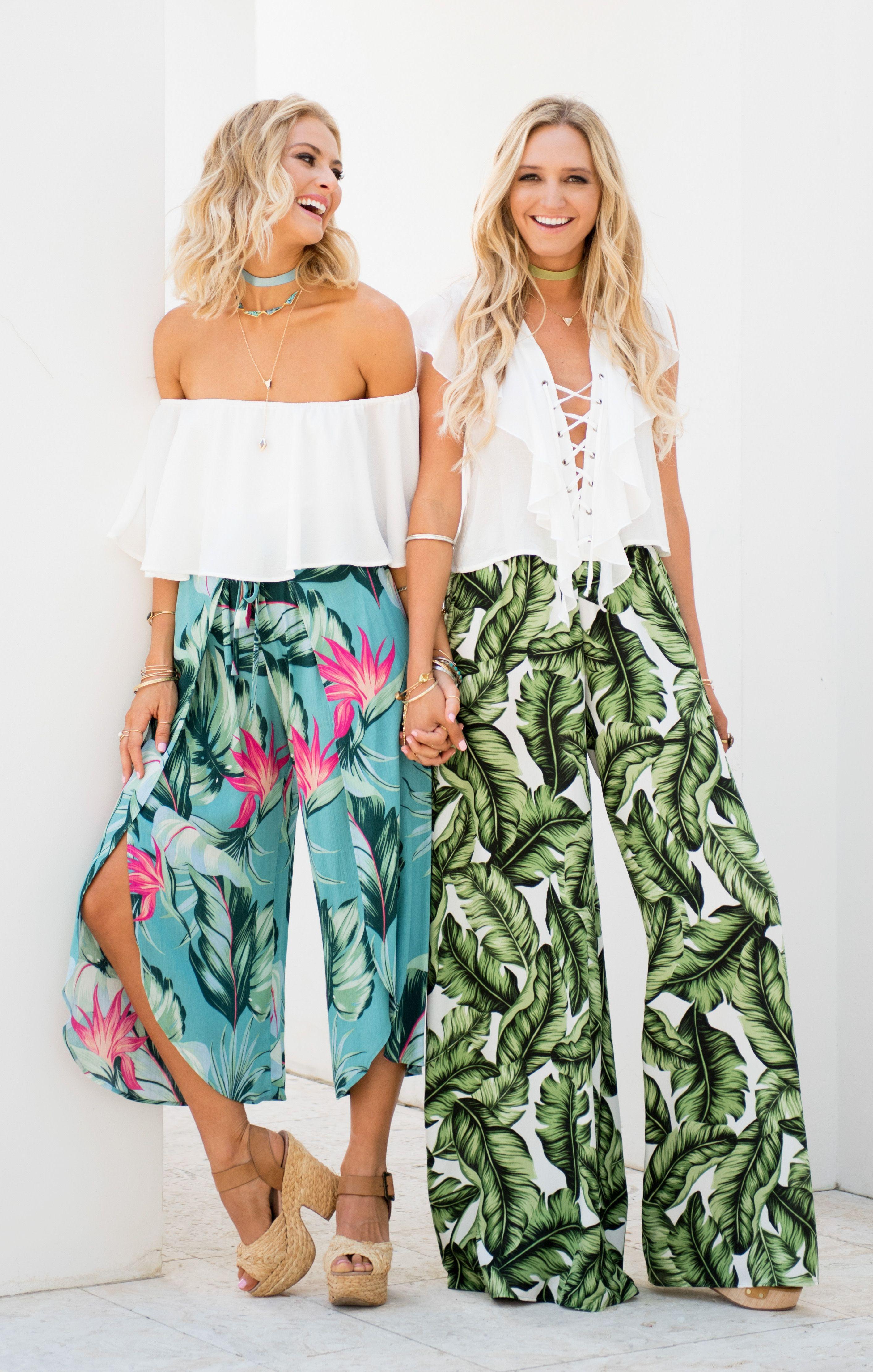 The Little MuMaids ~ Summer 2017 Hawaiian outfit Beach