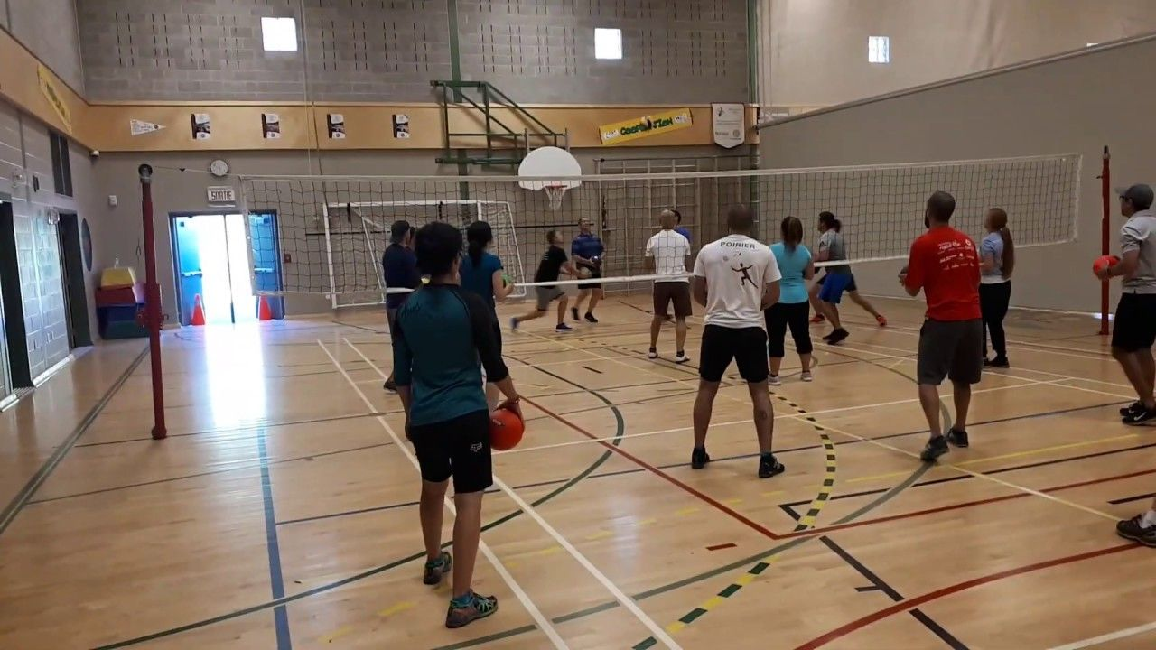 Volleyball Holding Foam Balls Regular Volleyball Rules Except Everyone Holds Another Ball To Hit The Volleyball In 2020 Volleyball Rules Net Games Physical Education